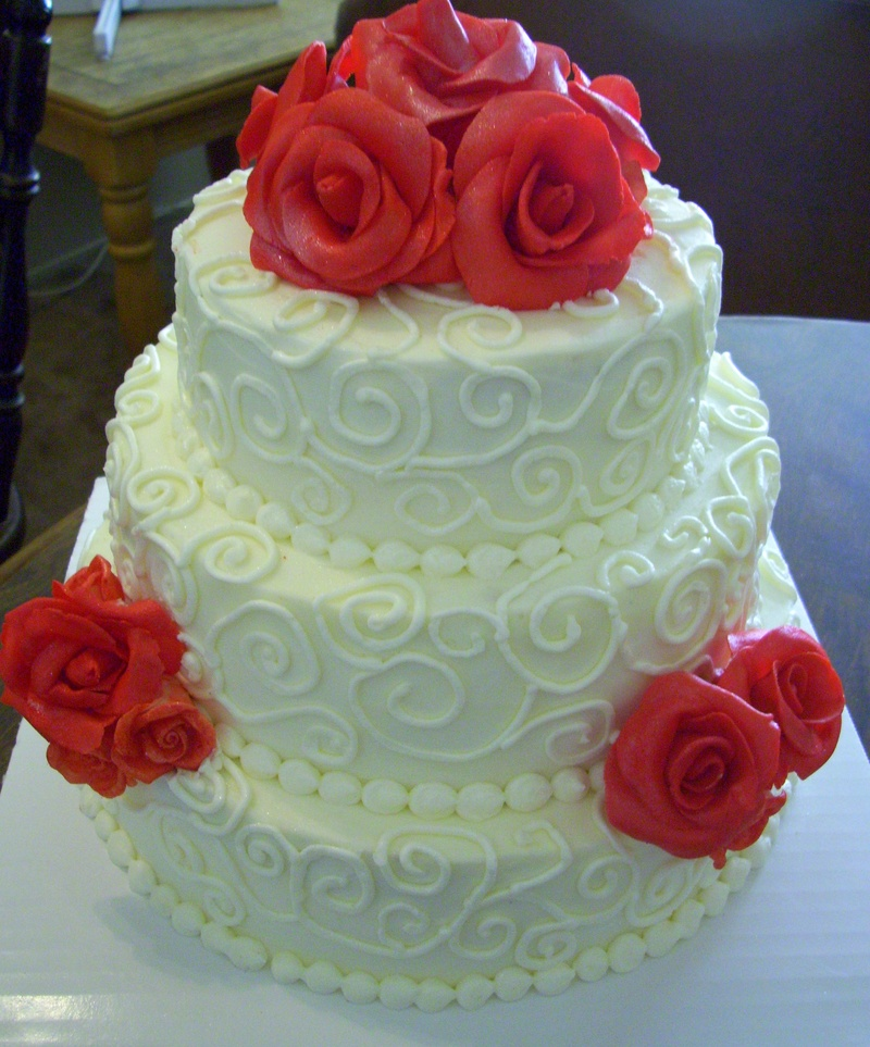 4 tier wedding cake with red roses swirl pattern wedding cake 10424