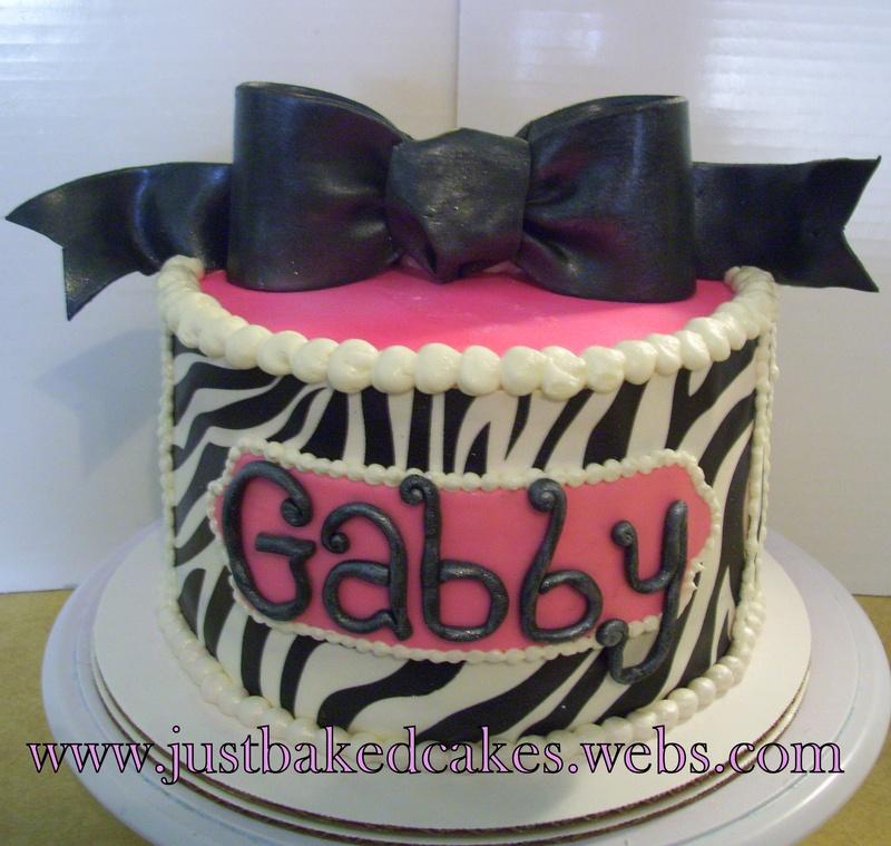 Zebra Shaped Birthday Cakes