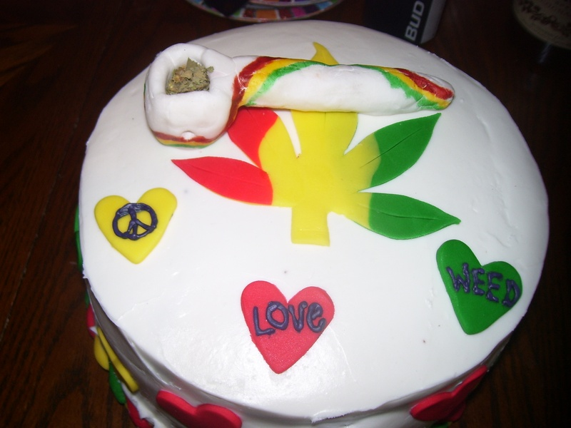 420/ Rasta  Birthday Cake
