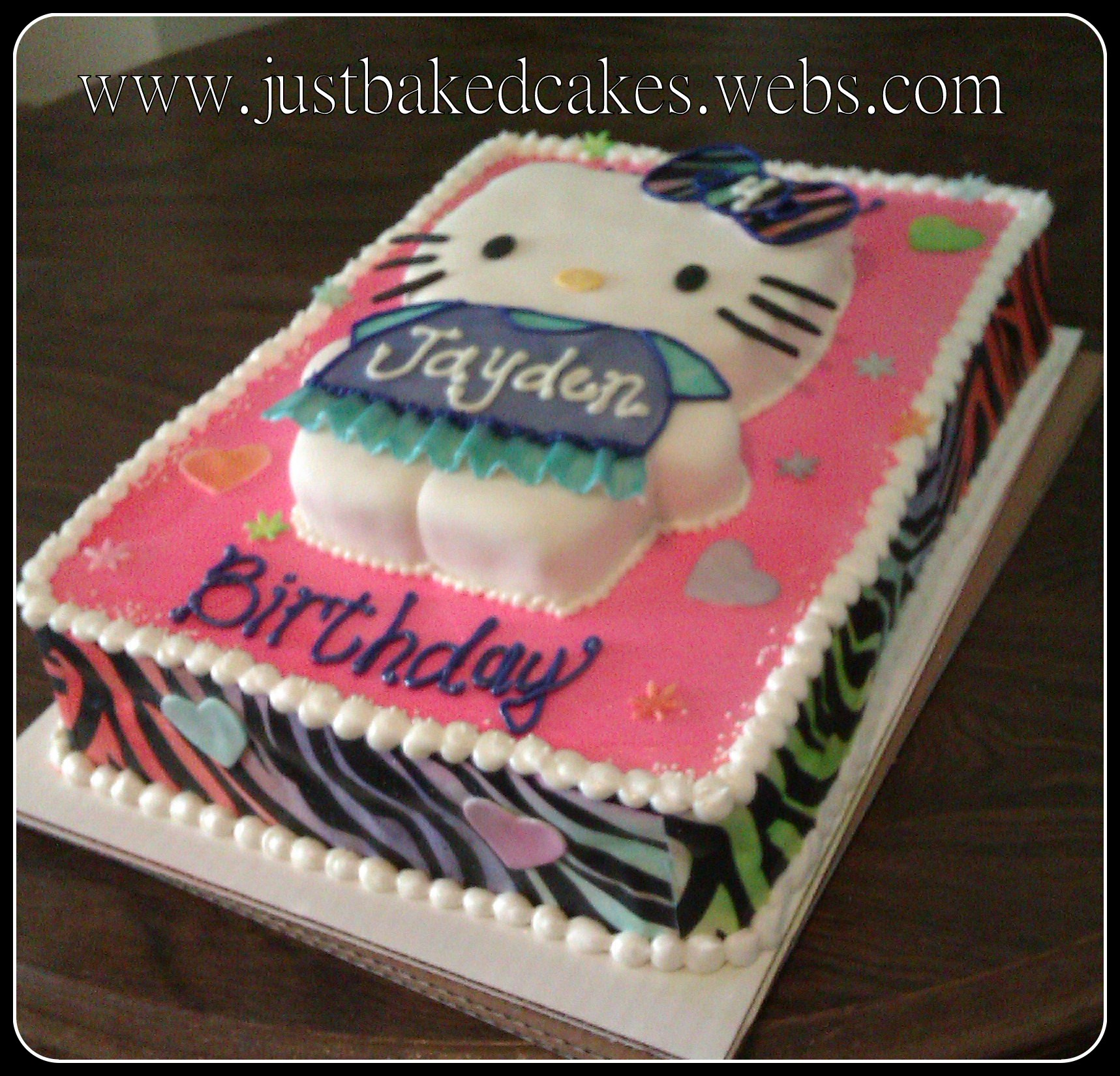 Hello kitty / Zebra Birthday Cake