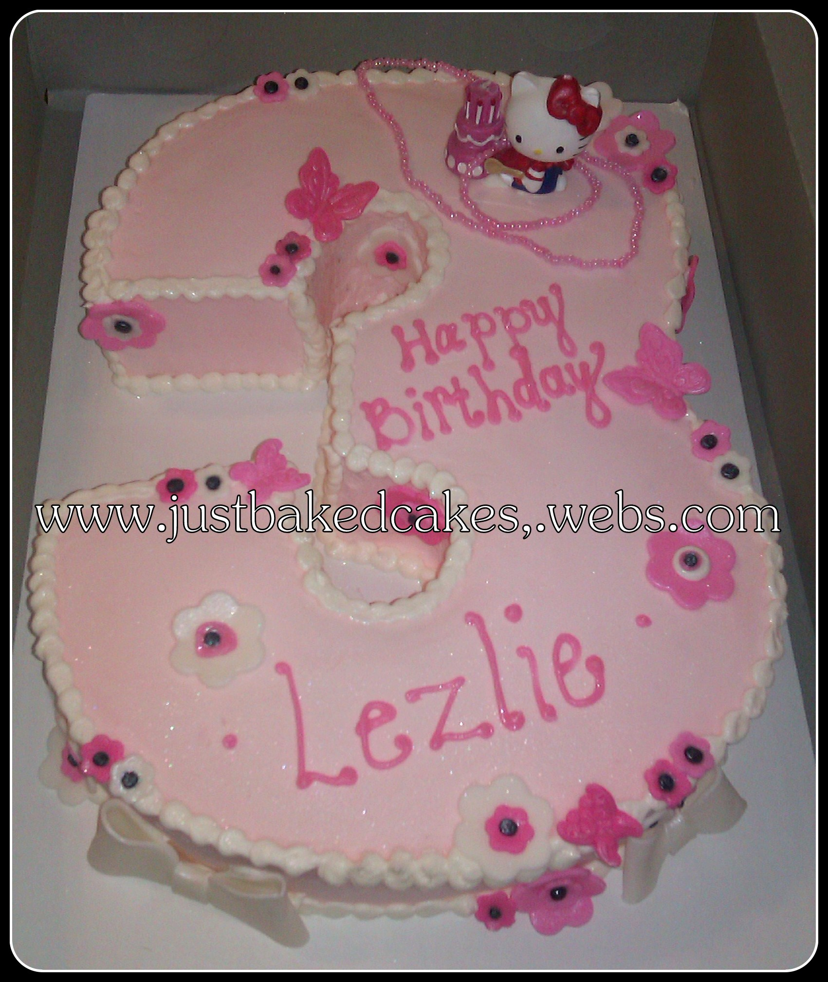 Number 3 Shaped Hello Kitty Birthday Cake